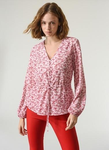 NGSTYLE NGSTYLE Kadın V Kesim Yarım Patlı Desenli Bluz Pembe